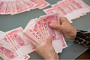 why the chinese yuan won't be the world's reserve currency