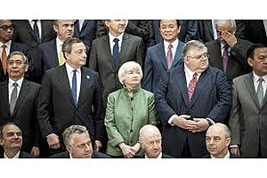 central bankers use moment of calm to debate how to fight next crisis