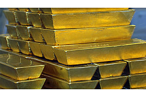 Investors Dumping USD; Gold Eyes Spike to Highest Level Since 2013