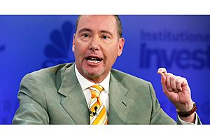 Gundlach: Yield Curve Inversion Means Economy Is About to Weaken