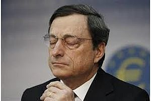 ECB Seen Delaying QE Exit Decision as Trade Concerns Mount