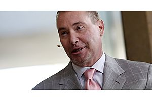 Gundlach Says Rising Rates and Deficits Like `Suicide Mission'