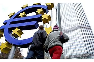 "Euro Banks Facing ""Funding Cliff"" Eye ECB as Most-Liberal Lender of Last Resort"