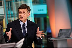 dollar sells off on fed vice chair richard clarida's dovish comments