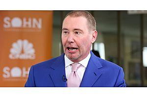 "Gundlach: ""Very Bearish on Stocks, Very Bearish on Bonds"""