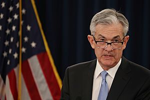 Fed Chairman Powell Warns of Economic Risks From Rising Business Debt