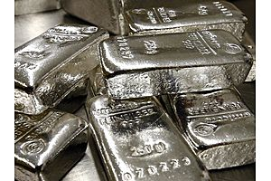 A Silver Prices at 26-Year Low in Relation to Gold
