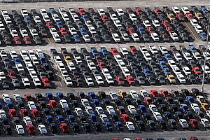 Edmunds Warns of a Tough 2019 for US Auto Industry