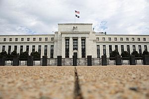 QE on the QT? Fed Says No, Economists Say Maybe So