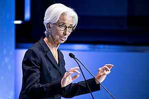 ECB Holds Rates Steady at Lagarde's Debut Policy Meeting